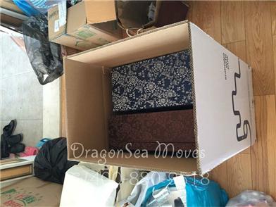 11.27日深圳客户搬家到加拿大,易碎品较多,慢慢包装